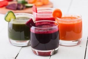Jakie wykorzystać owoce i warzywa do przygotowania pysznych soków z wyciskarki